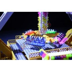 Lego amusement ride Loop Fighter